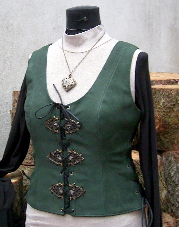 Lederweste HIGH COLLAR & SKULLS – Vestifex Lederdesign